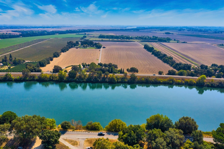 Photo of 8850 River Road, Sacramento, CA 95832