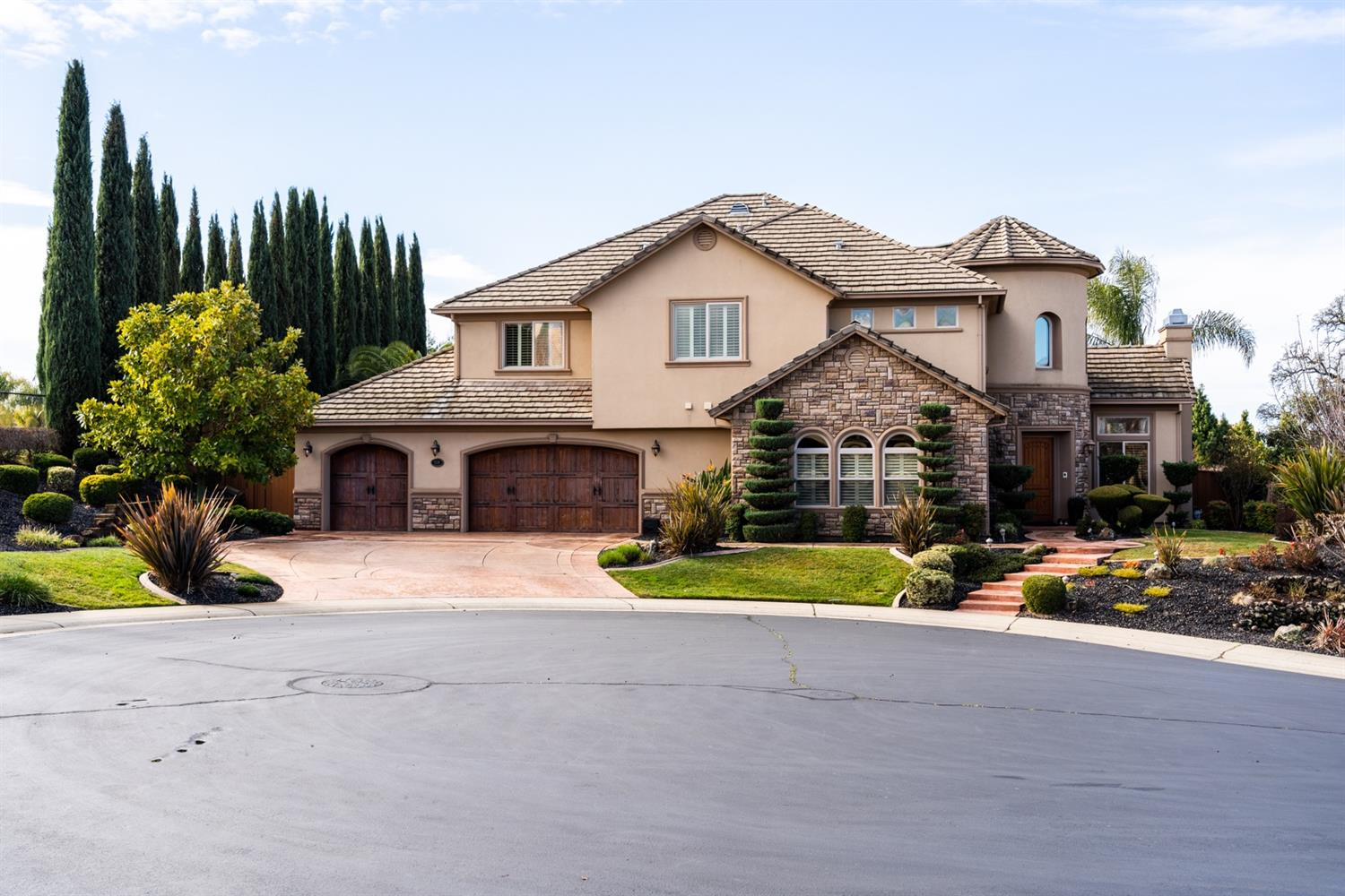 Photo of 108 Roberts Place, Roseville, CA 95661