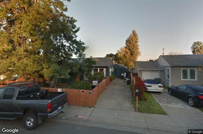 Photo of 1835 W South Tuxedo Avenue, Stockton, CA 95204