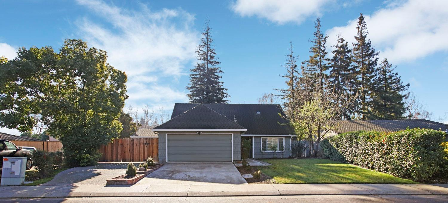 Photo of 2608 Grizzly Hollow Way, Stockton, CA 95207