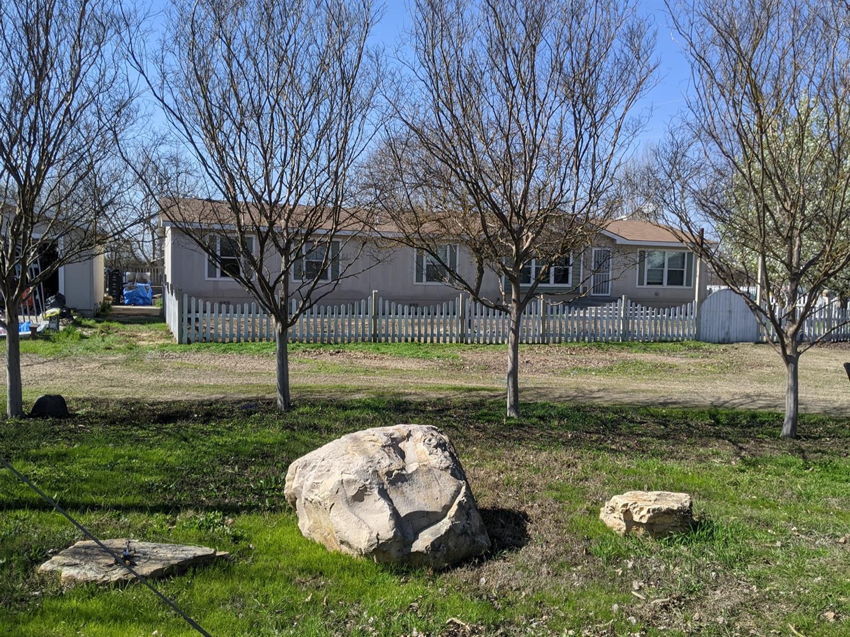 Photo of 12371 E Harney Lane, Lodi, CA 95240