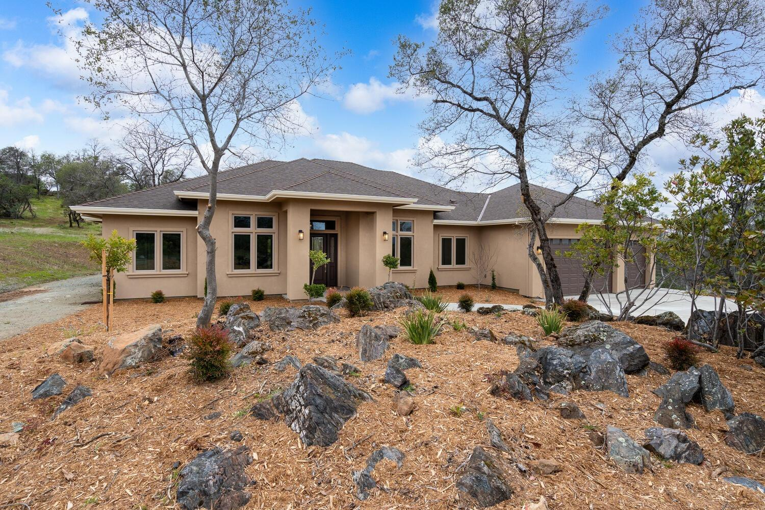 Photo of 1448 Arrowbee Drive, Placerville, CA 95667