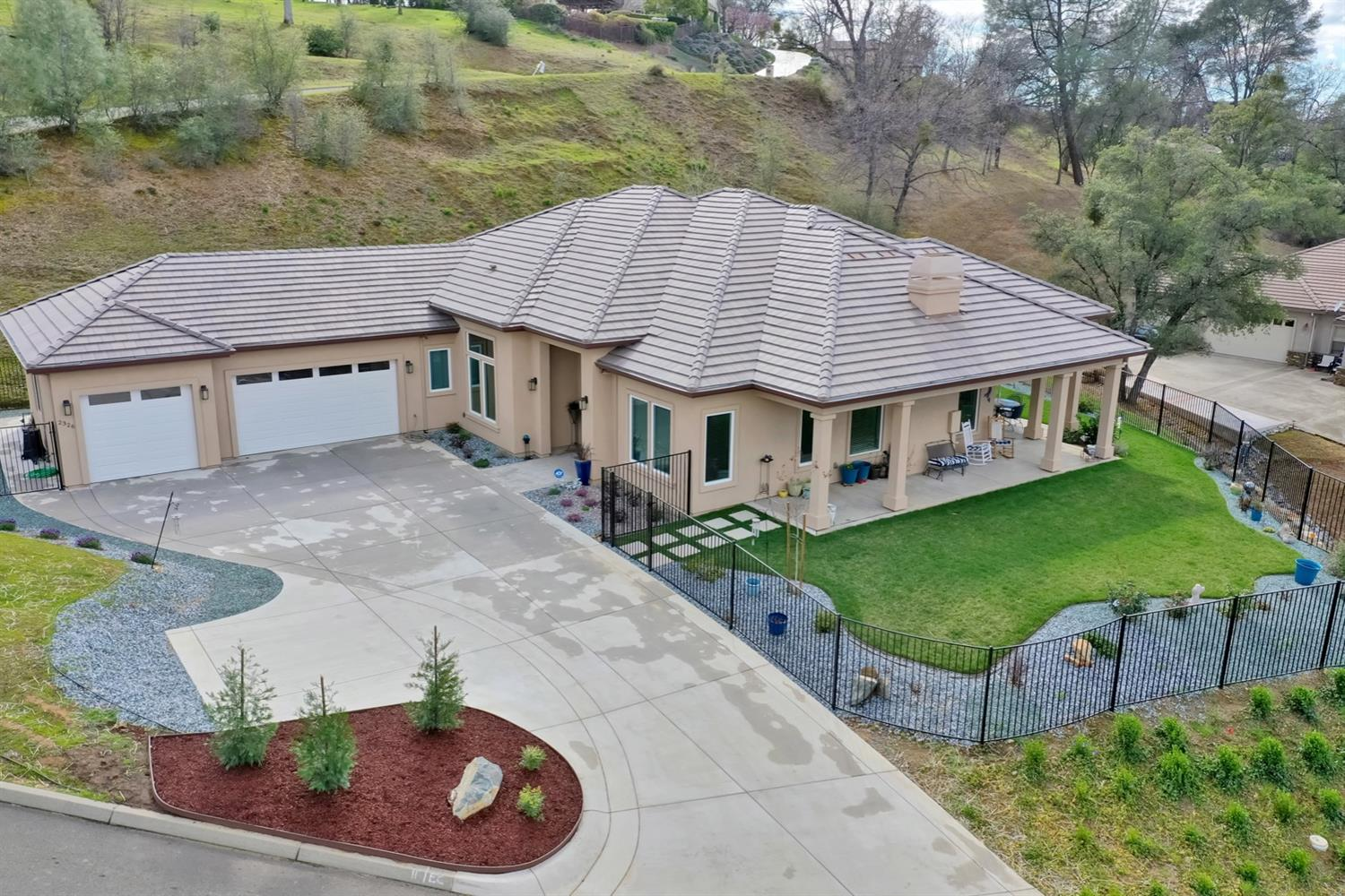 Photo of 2326 Fieldstone Drive, Placerville, CA 95667
