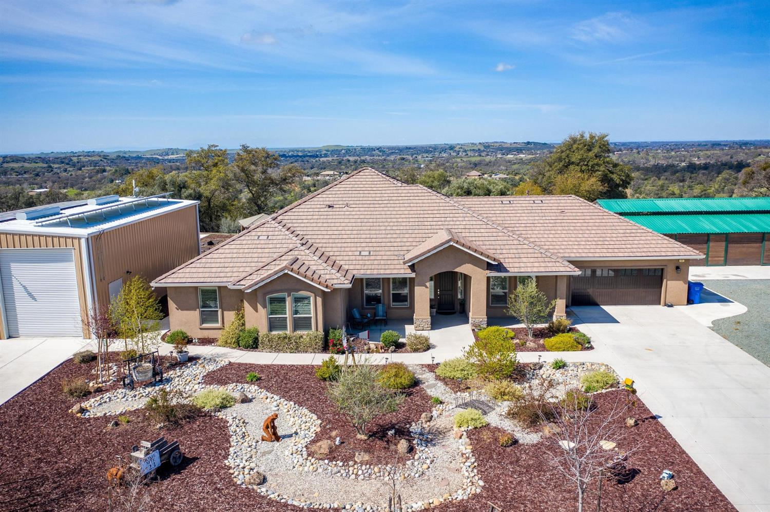 Photo of 4507 Lake View Road, Valley Springs, CA 95252
