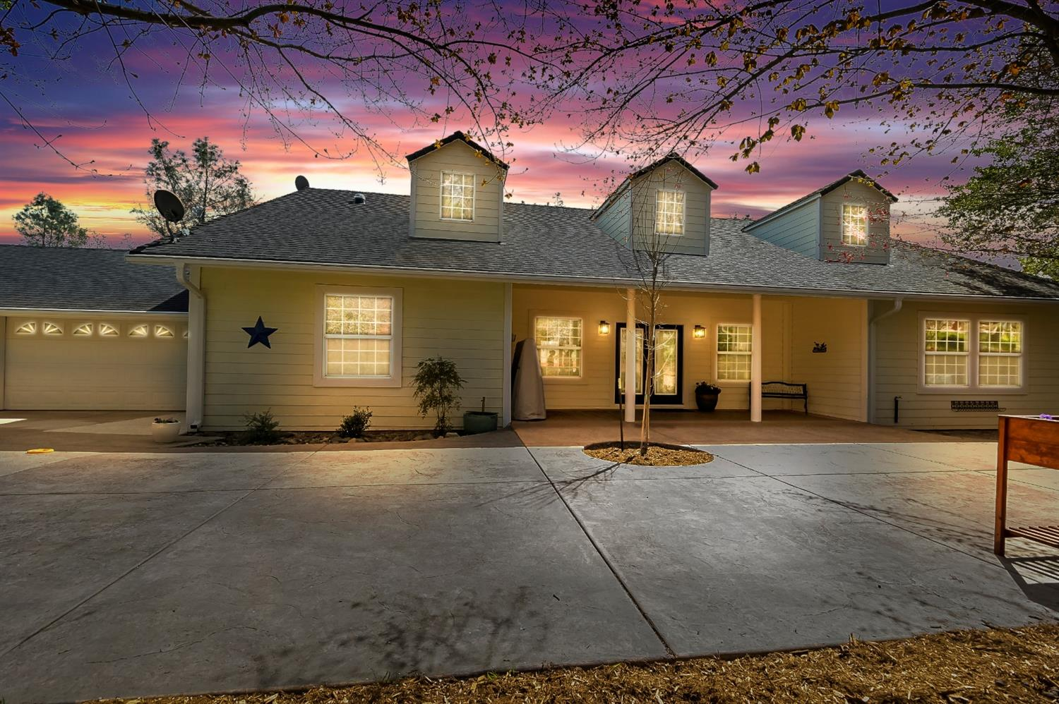 Photo of 9764 Township Road, Browns Valley, CA 95918