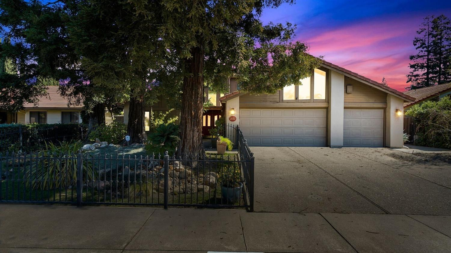 Photo of 2122 Piccardo Circle, Stockton, CA 95207