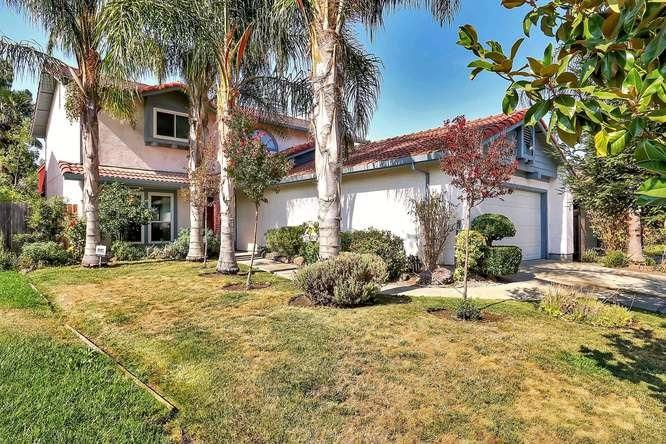 Photo of 3211 Lakeshore Court, Stockton, CA 95219