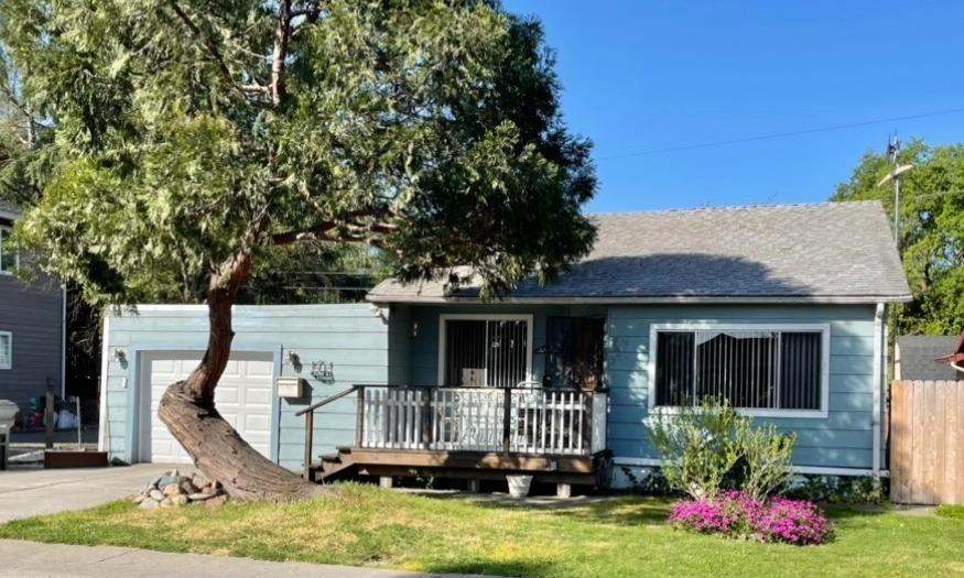 Photo of 2027 Carlton Avenue, Stockton, CA 95204
