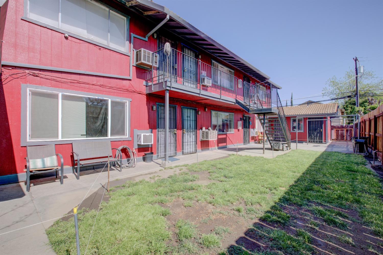 149 W 11th St, Merced, CA, 95341