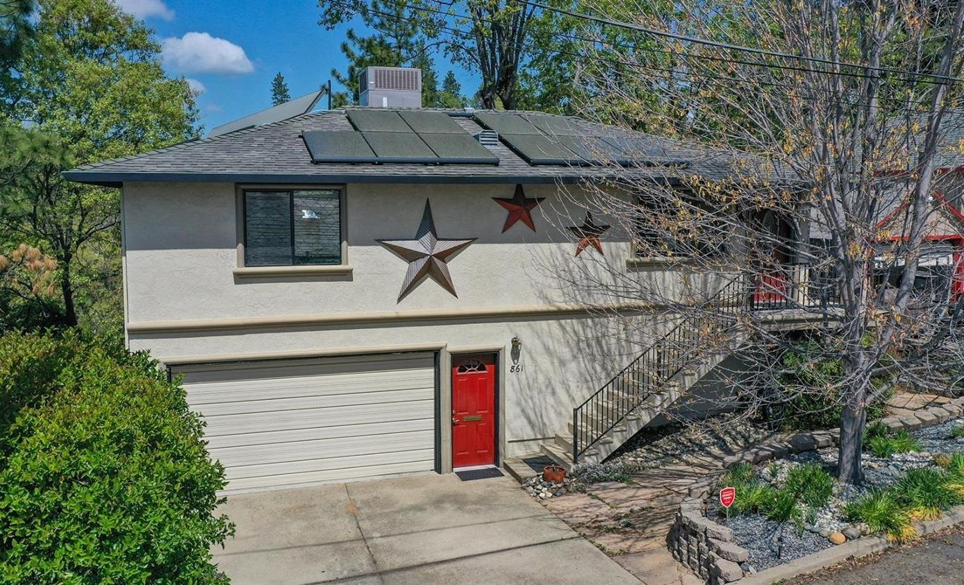 Photo of 861 Cottage Street, Placerville, CA 95667
