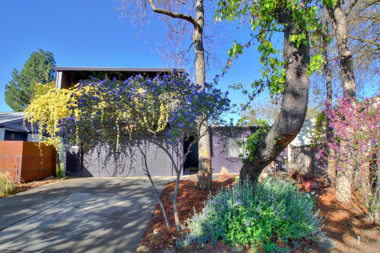 Photo of 2217 Amar Court, Davis, CA 95616