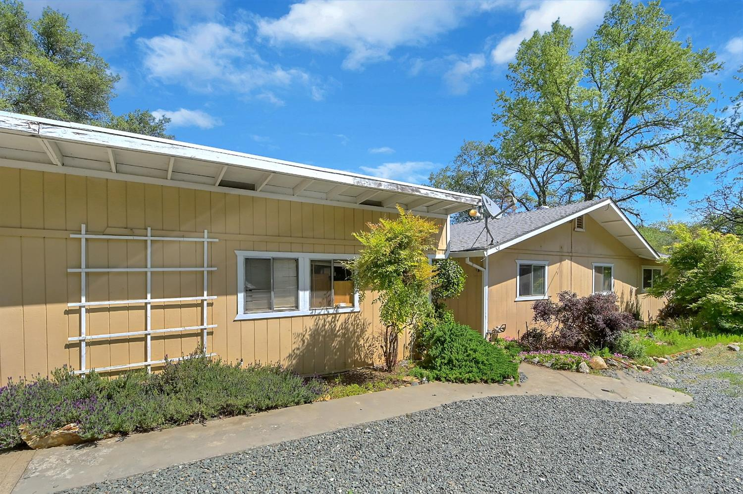 Photo of 10030 Carriage Road, Grass Valley, CA 95949