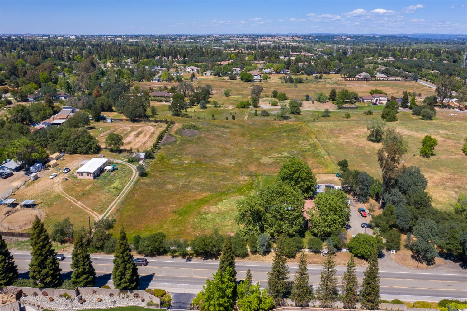 Photo 5 for Listing #221040364