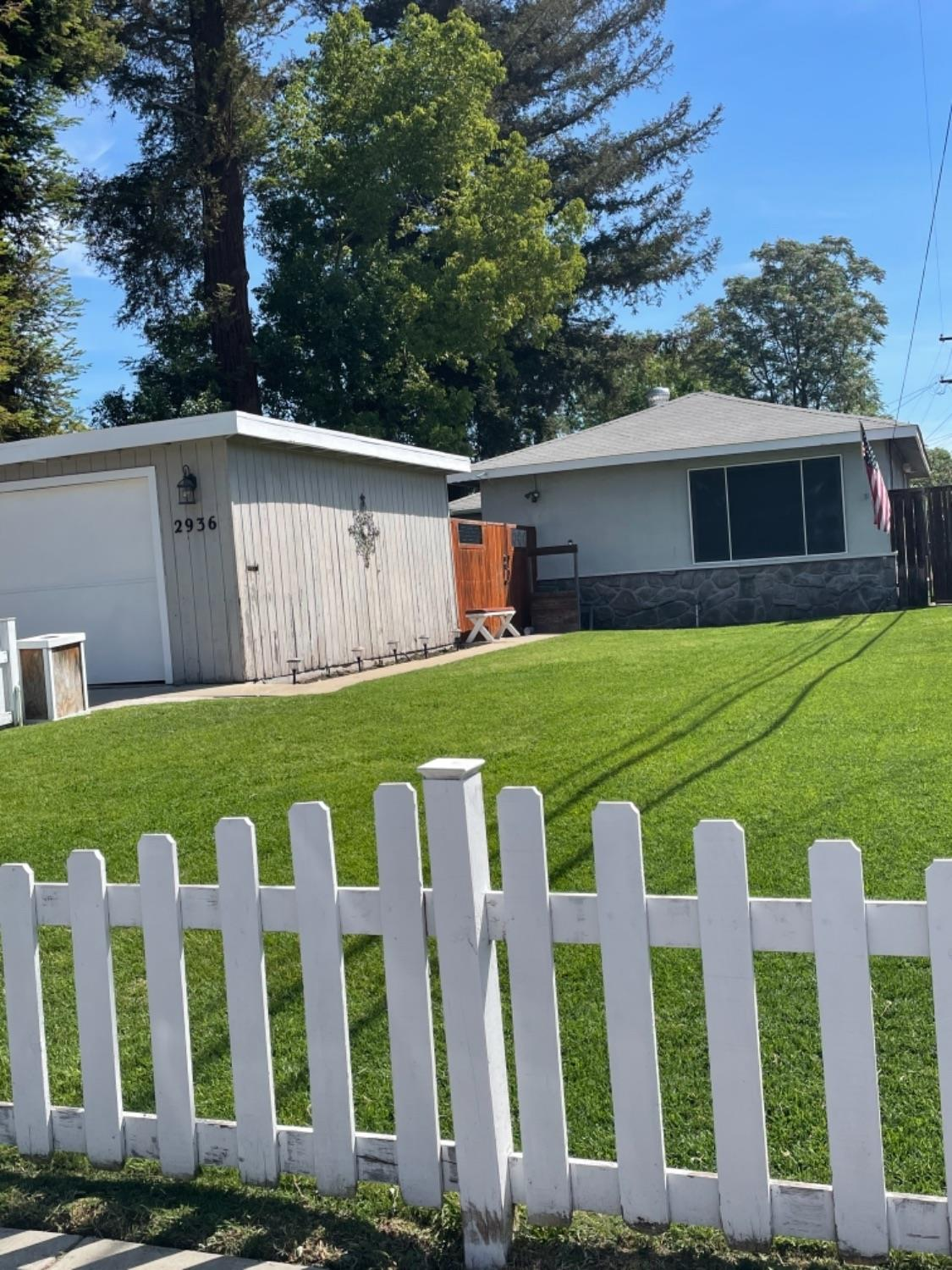 Photo of 2936 Lassen Avenue, Stockton, CA 95204