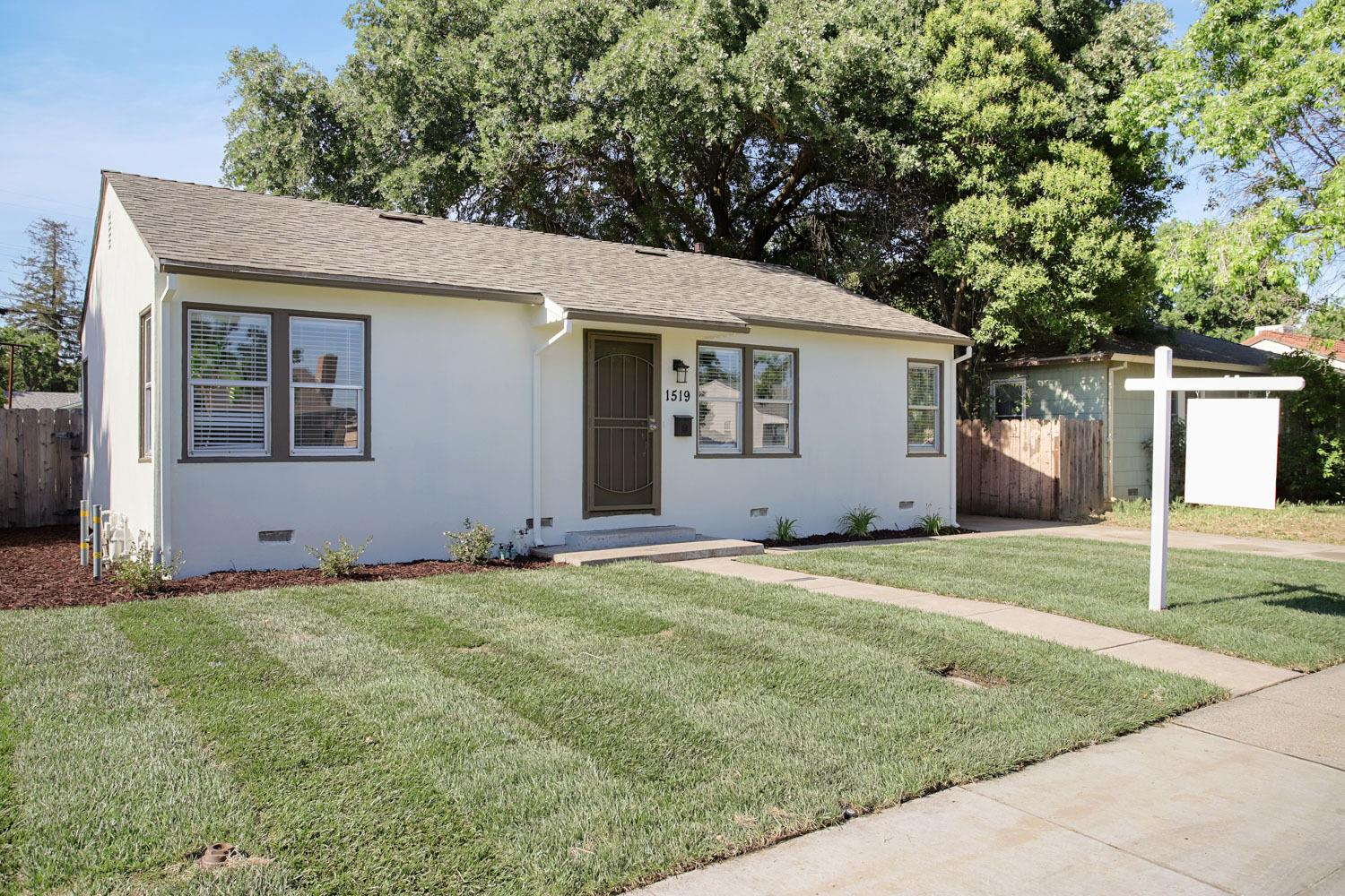 Photo of 1519 Oxford Way, Stockton, CA 95204
