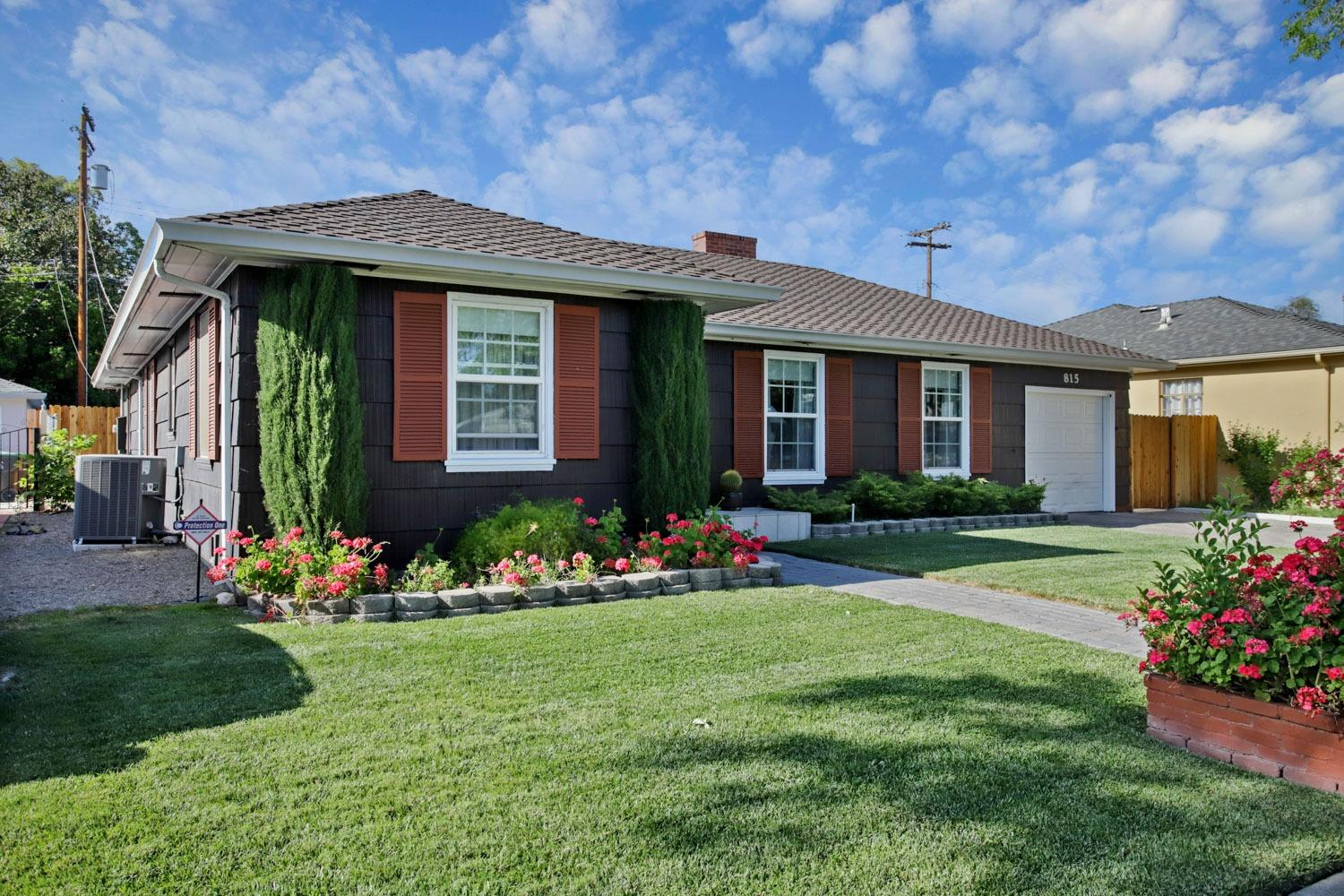 Photo of 815 W Alpine Avenue, Stockton, CA 95204