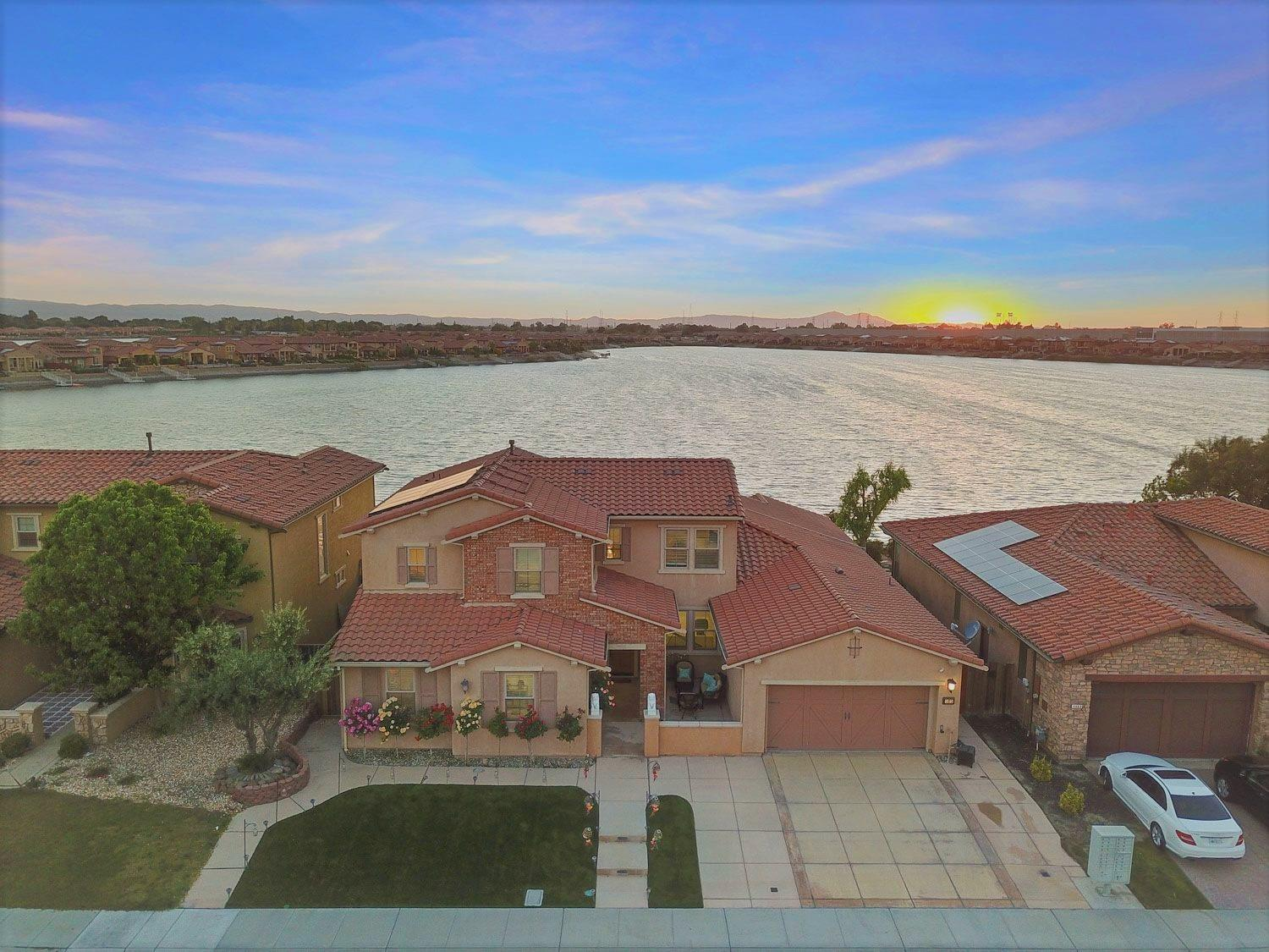 Photo of 1475 Como Drive, Manteca, CA 95337