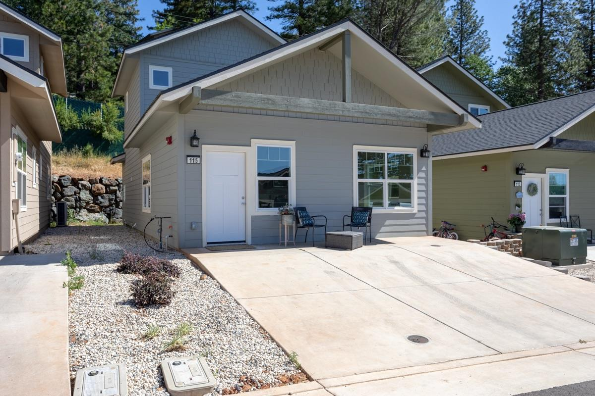 Photo of 109 Shadow Wood Place, Colfax, CA 95713