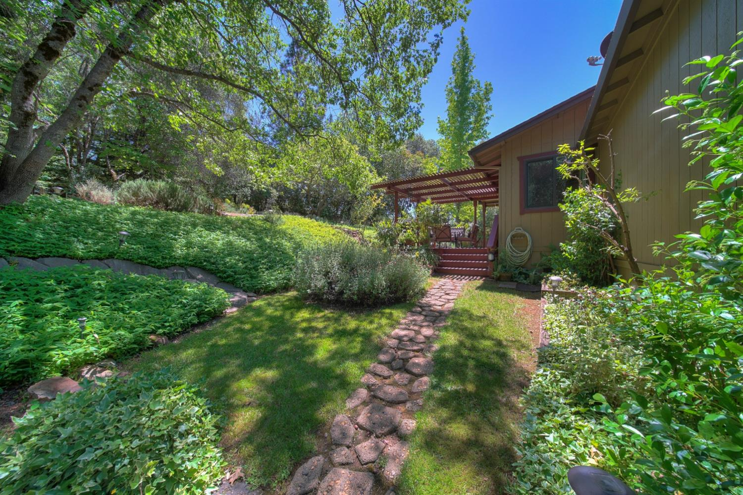 Photo of 19650 Placer Hills Road, Colfax, CA 95713