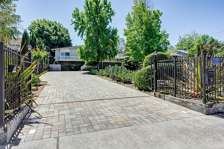 Photo of 2908 Canal Drive, Stockton, CA 95204