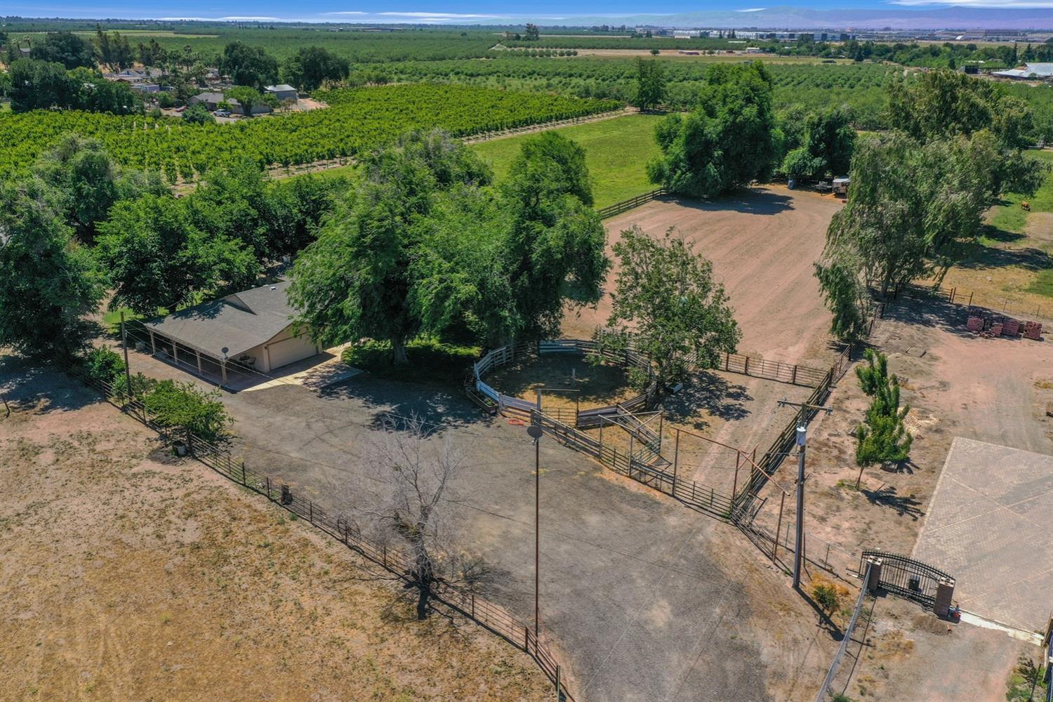 Photo of 1530 French Camp Road, Manteca, CA 95336