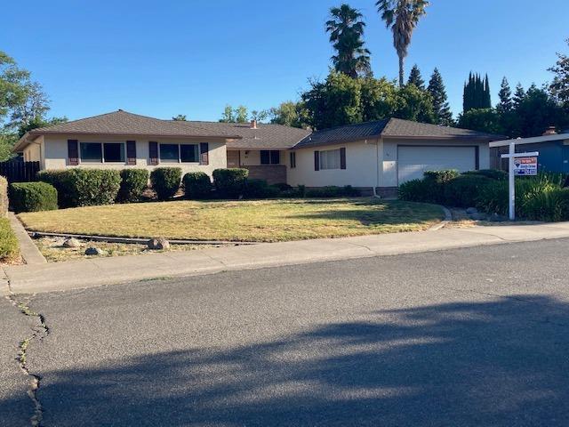 Photo of 76 Sunlit Circle, Sacramento, CA 95831
