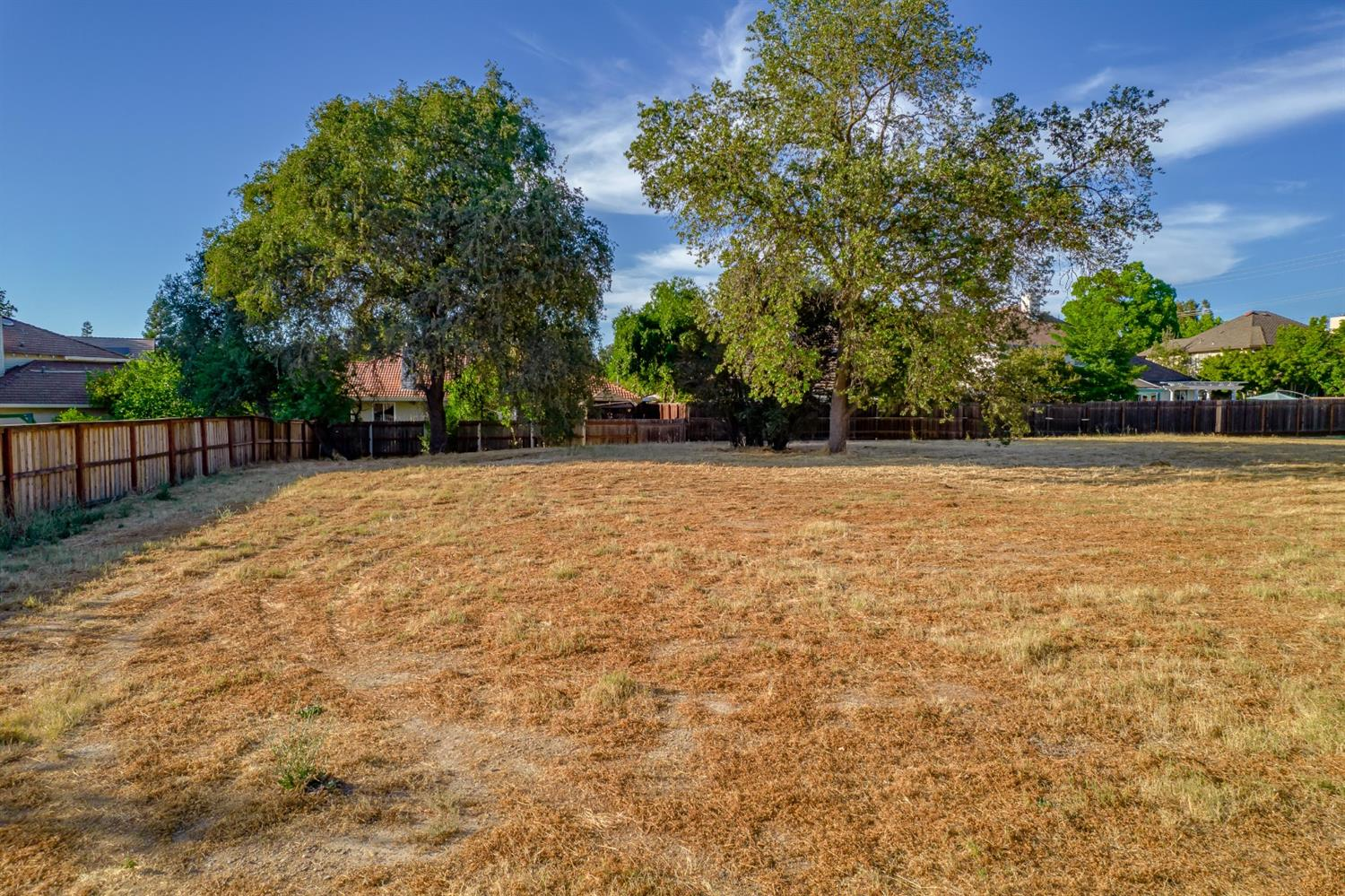 Beautiful flat Half Acre Carmichael parcel. One of a kind, great shape to the property. Central location in town. Build your dream home!
