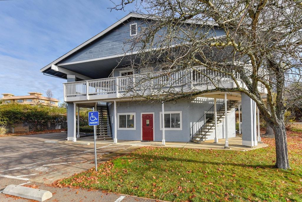 Aggressively priced owner user opportunity in the Cameron Park business park close to the airport. Price to sell seller said present all offers.
