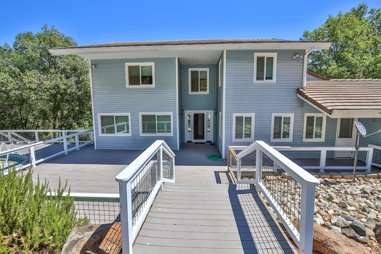 Photo of 8150 Mountain Meadow Drive, Mountain Ranch, CA 95246