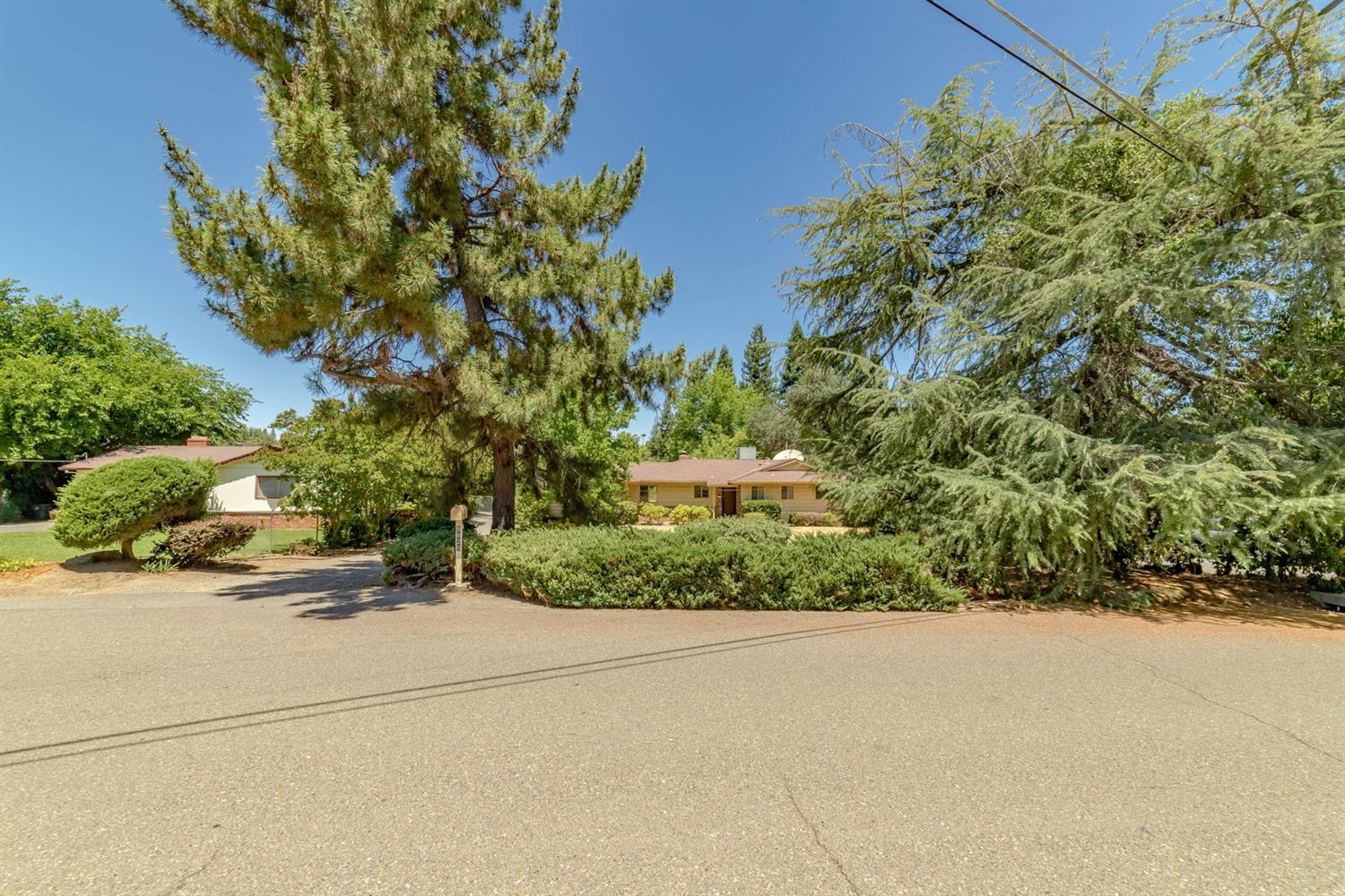 9829 Valley Pines Drive