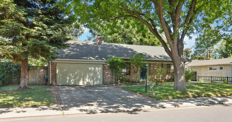 Photo of 7430 Woodside Drive, Stockton, CA 95207