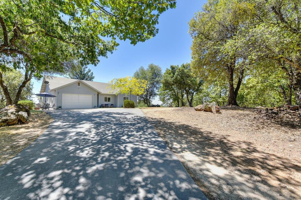 Photo of 15971 Meadow View Rd., Sutter Creek, CA 95685