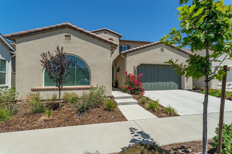 Photo of 983 Pierce Lane, Davis, CA 95616