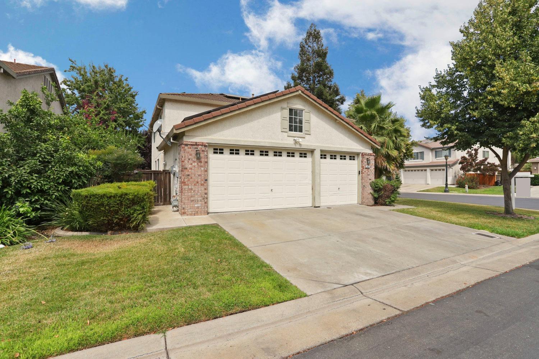 Photo of 6472 Brook Hollow Circle, Stockton, CA 95219