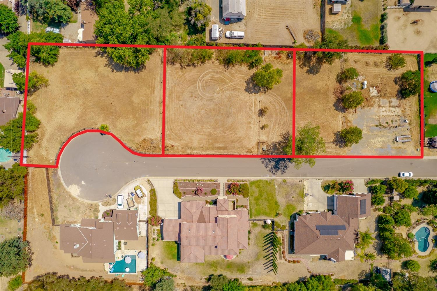 Beautiful HALF ACRE lot in Orangevale on a Private lane. Build your dream home along with a Guest house and still have plenty of space for other potential. ALL PUBLIC UTITLITES. Flat useable and convenient location. Building plans may be negotiable at sale. 3 total vacant parcels may be available. Go show before its gone, land like this does not come around often, don't miss your opportunity.
