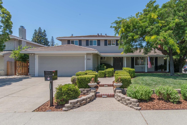 Photo of 4961 Olive Oak Way, Carmichael, CA 95608