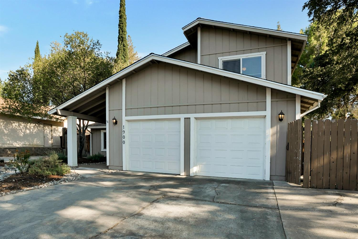Photo 4 for Listing #221079305