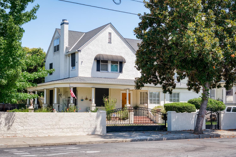 Photo of 39 W Poplar Street, Stockton, CA 95202