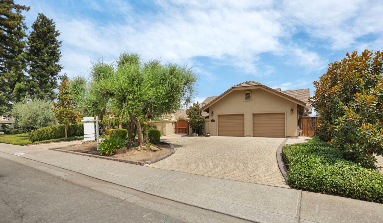 Photo of 4044 Fort Donelson Drive, Stockton, CA 95219
