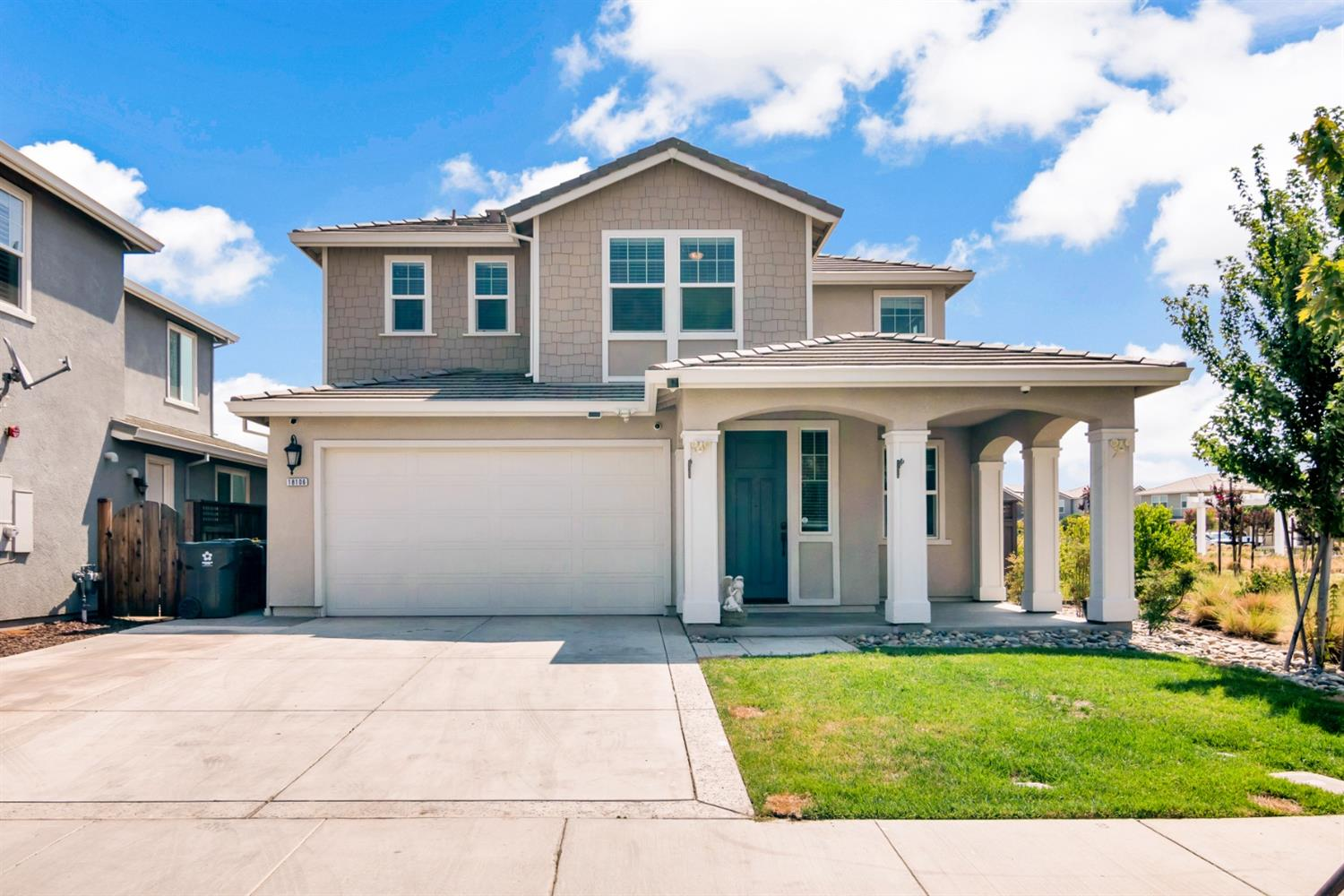 Spectacular River Island Lake Font Home with Lake Private Dock.  This Stylishly updated Lake Front home in a can be yours..  Large spacious floor plan, Solar, $10k whole house water purification system, No HOA's, Great Schools.  Beautiful upstairs office and Master bedroom with amazing views.. This will go fast so waste no time to take a look at the beautiful Gem...