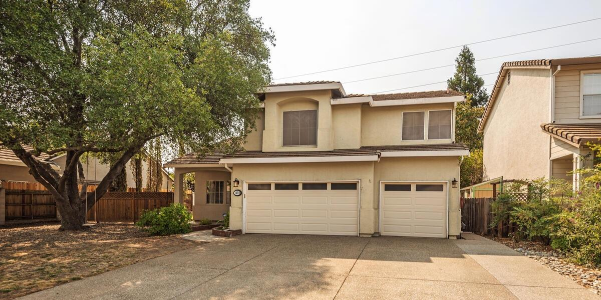 Primary Photo for Listing #221101282