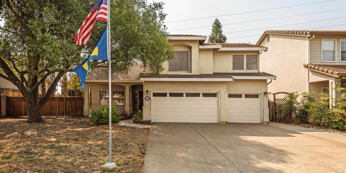 Photo 3 for Listing #221101282