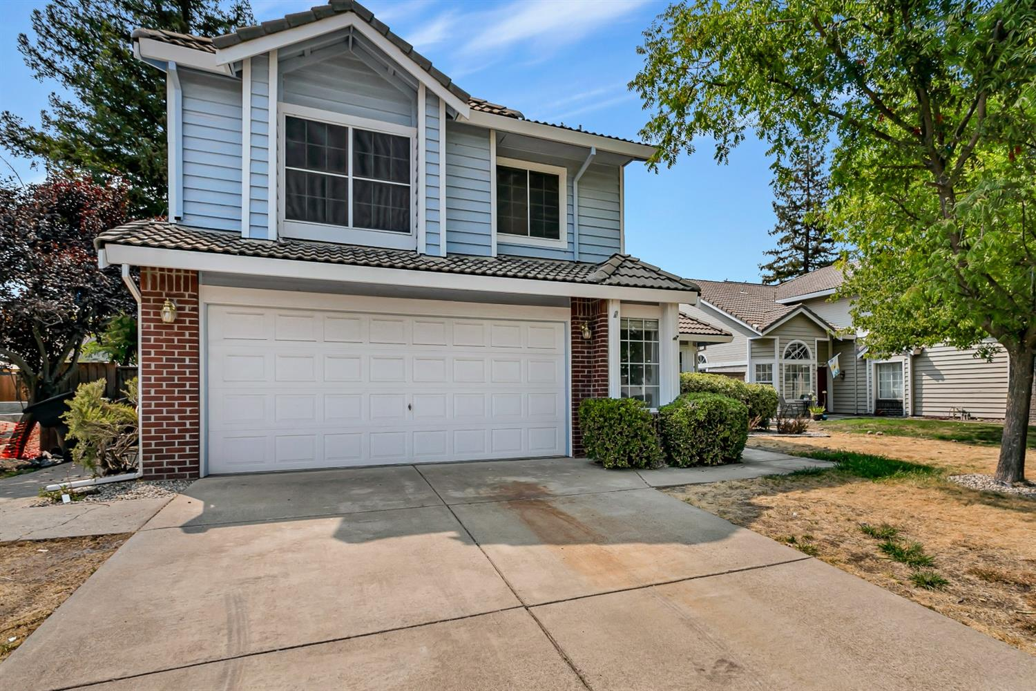 Photo 3 for Listing #221084351