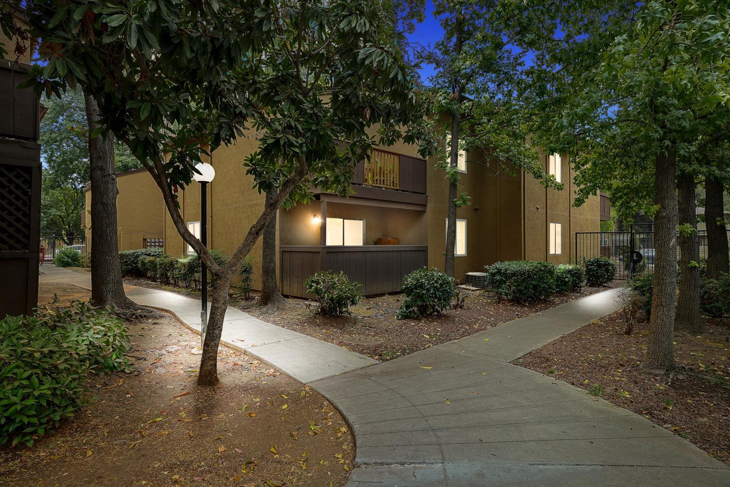 Photo of 4332 Pacific Avenue, Stockton, CA 95207