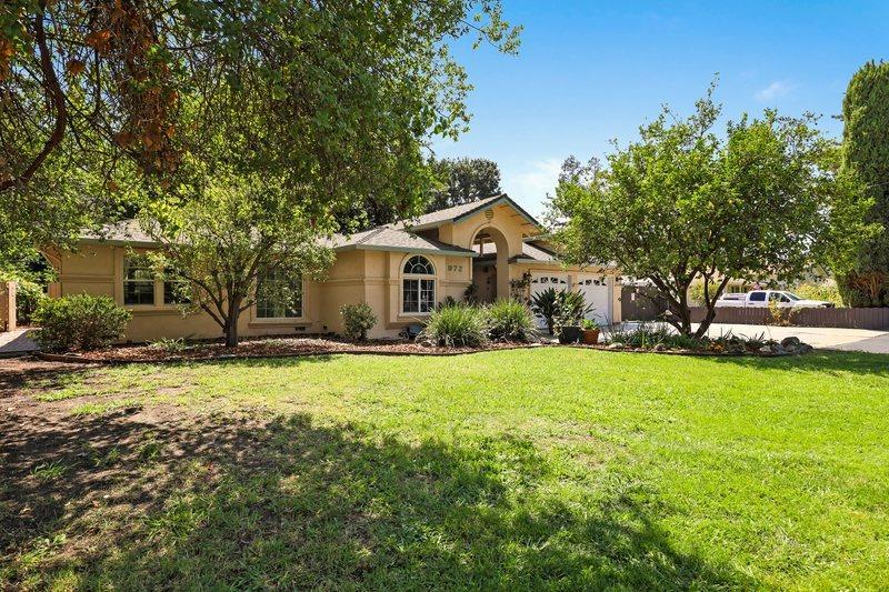 Photo of 972 Willora Road, Stockton, CA 95207