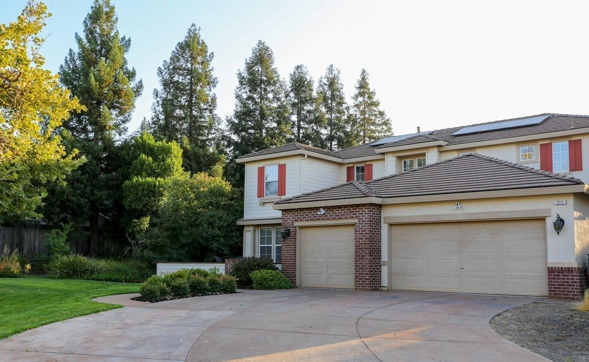 Photo 2 for Listing #221106246