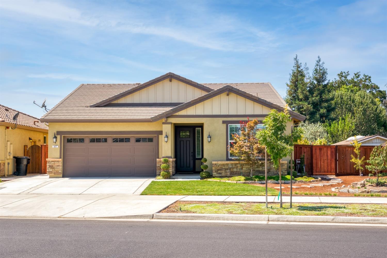 Photo of 837 John Roos Avenue, Ripon, CA 95366