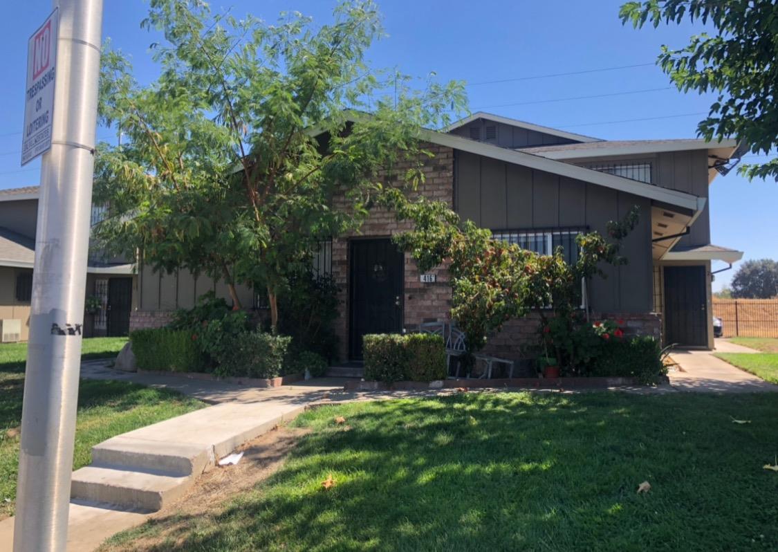Photo of 416 Caribrook Way, Stockton, CA 95207