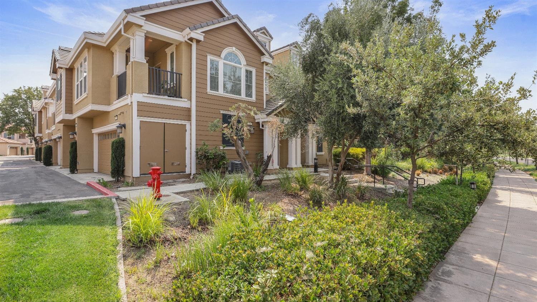 19 S Rio Rapido Drive, Mountain House, CA 95391