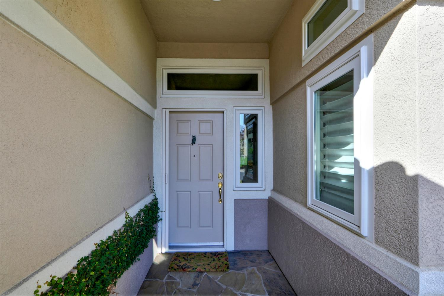 Photo 3 for Listing #221084560